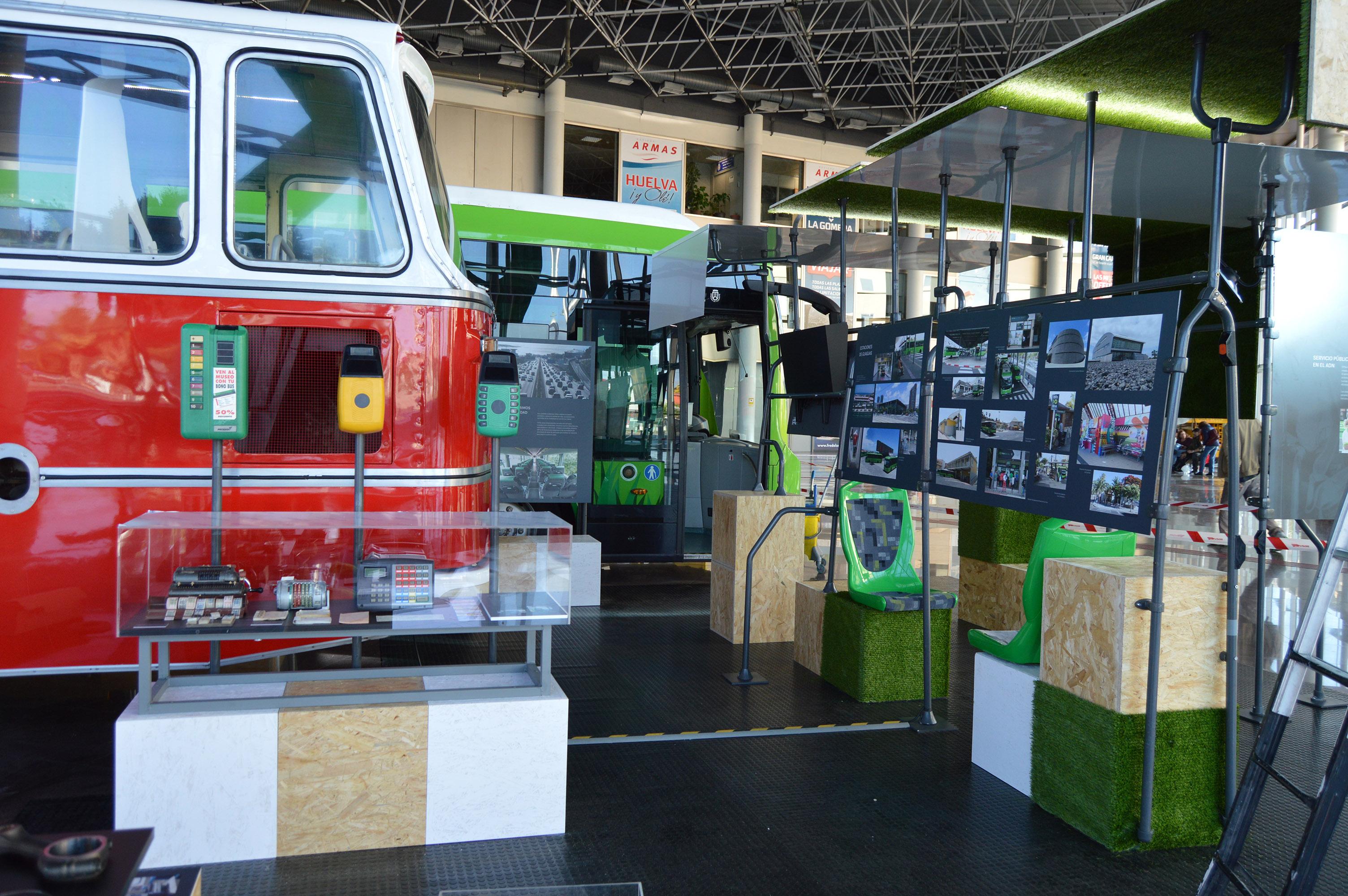 Realización de proyecto expositivo, Titsa 40 aniversario, Tenerife