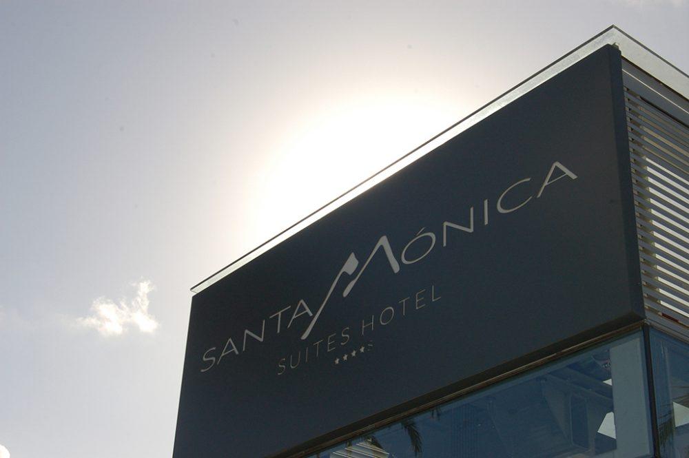 Rótulo luminso Hotel Santa Mónica, Gran Canaria
