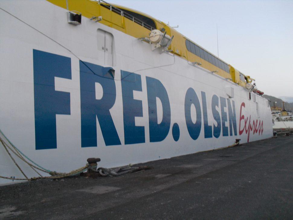 Rotulado de casco de ferry de pasaje, Fred Olsen Gran Canaria