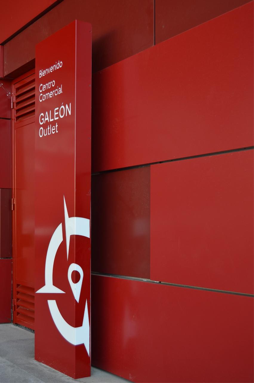 Tótem corporativo, Tenerife C.C Galeón