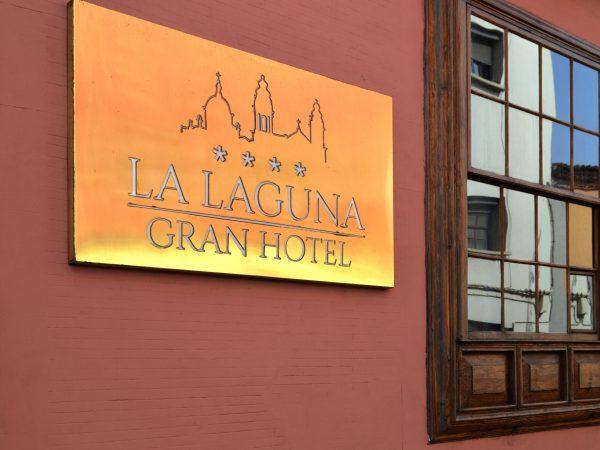 Diseño y desarrollo de Señalética para La Laguna Gran Hotel • Publexcan