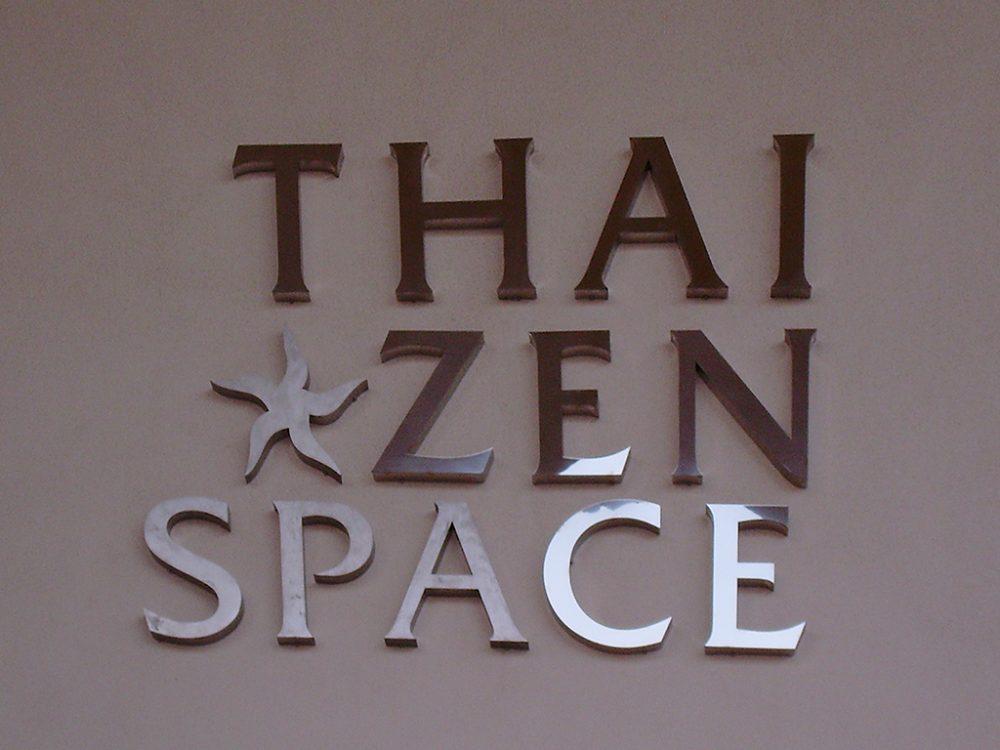 Rótulo corpóreo en acero AISI 316, Thai Zen Gran Canaria