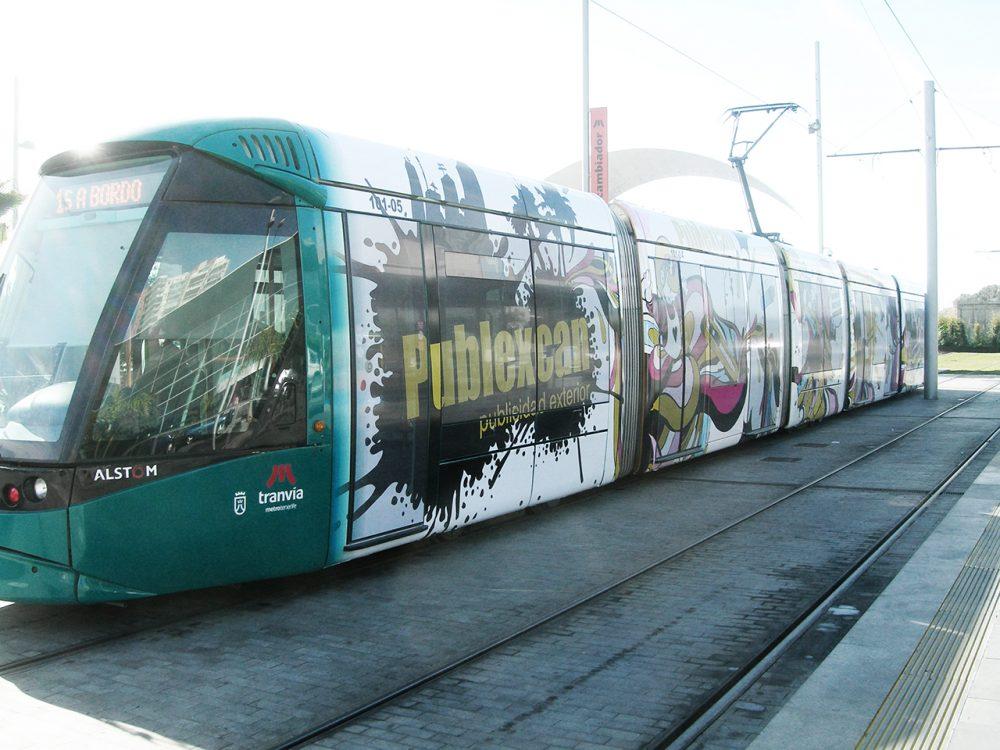Rotulación integral de tranvía Publexcan