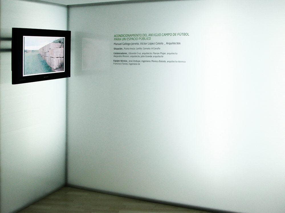 Museografía Bienal, Módulos y Rotulación