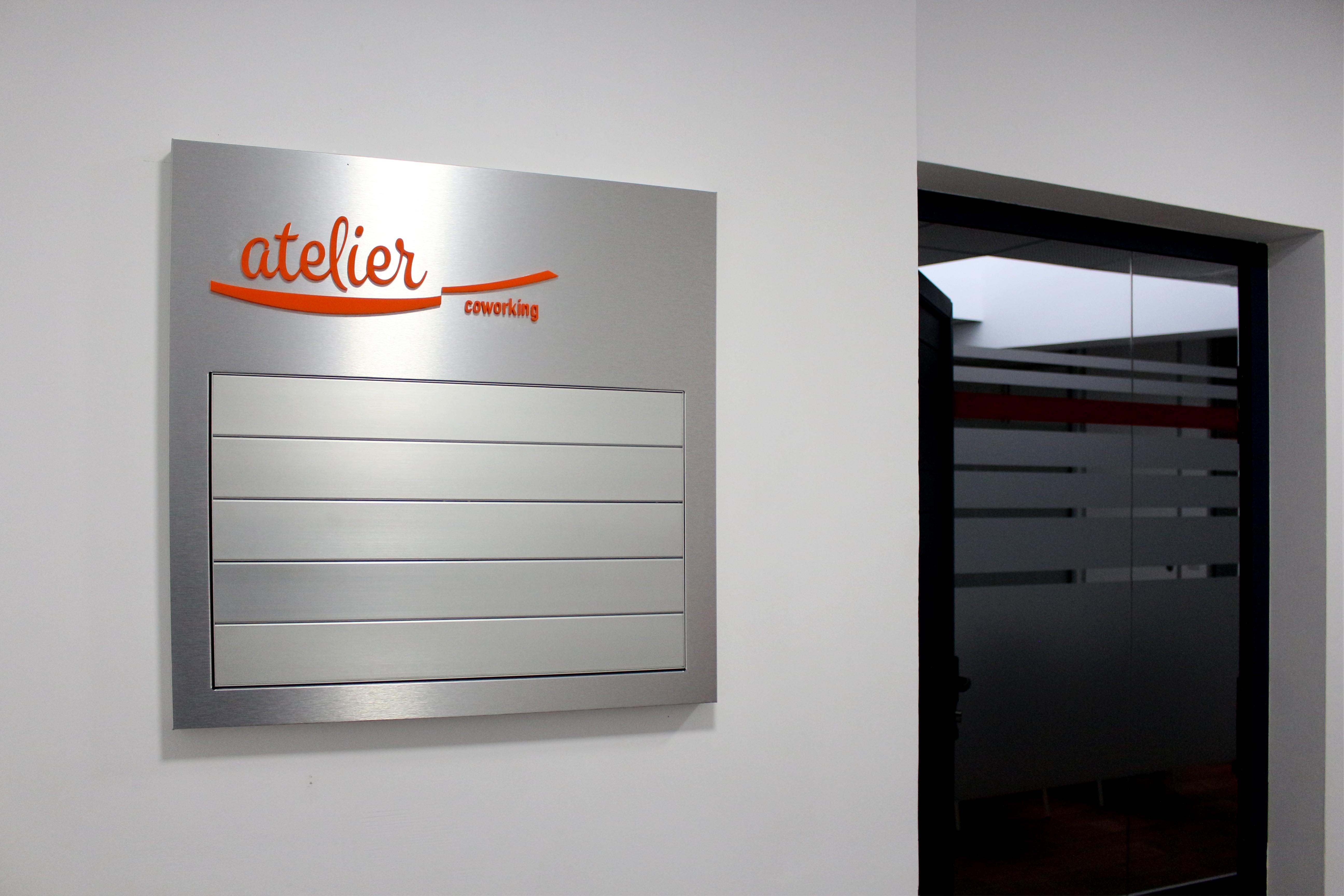 Directorio en lamas de aluminio, Atelier Coworking , Tenerife