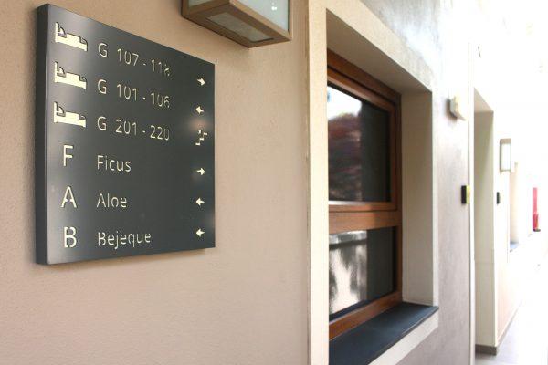 Diseño y desarrollo de Señalética para Hotel Marylanza • Publexcan