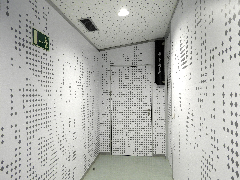 Decoración corporativa oficinas C.D. Tenerife